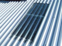 【アフター】 明かりとり部分は透明の屋根材です。