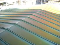 【ビフォー】 施工前の工場の屋根は瓦棒でした。