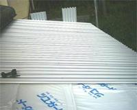 【9】 新しい屋根を葺きます。