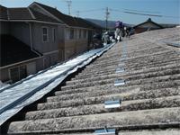 ECO遮熱工法により施工中。