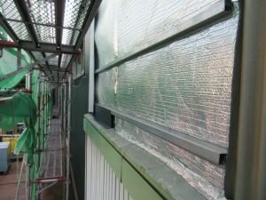 既存の外壁の上から遮熱材+ZeroD部材を取り付けガルバリウム鋼板を重ね張りしています