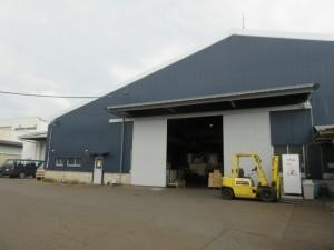 施工後の工場を正面から見た外観写真です