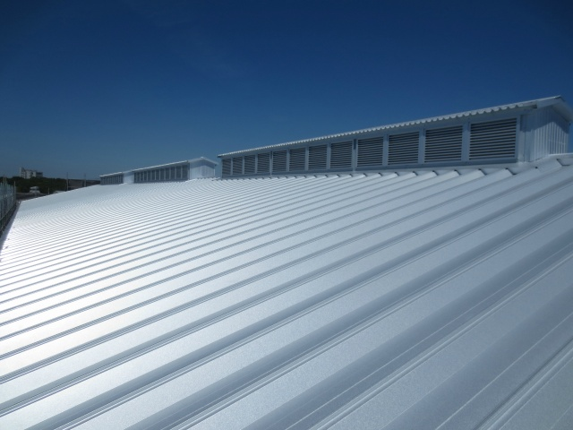 施工実績023 工場の暑さ対策工事(ECO遮熱工法®)|兵庫県