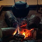 囲炉裏のイメージ写真