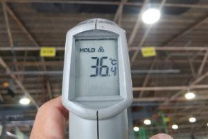 施工済み屋根裏面温度は36.4℃になりました
