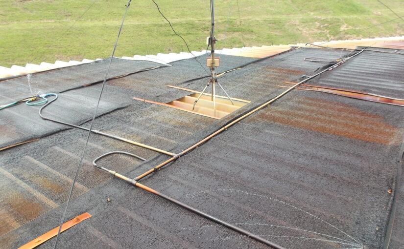 岐阜県にて暑さ対策のご相談|スプリンクラーで屋根が錆びていました